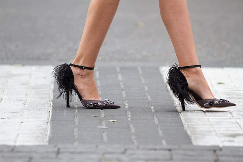 נעלי עקב מיוחדות