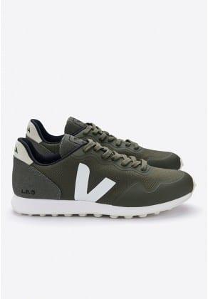 נעליים מומלצות לגברים נמוכים